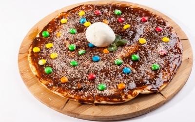 Пицца M&M's